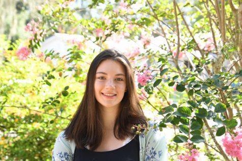 Photo of Rachel Hesse